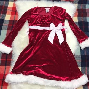 ASHLEY ANN Girl Velvet Christmas Santa Red dress